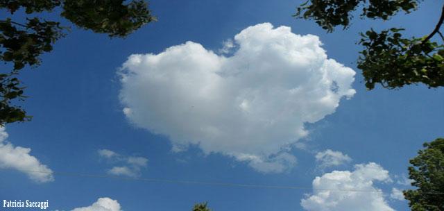 Photo que j'ai prise  Mon nuage cœur