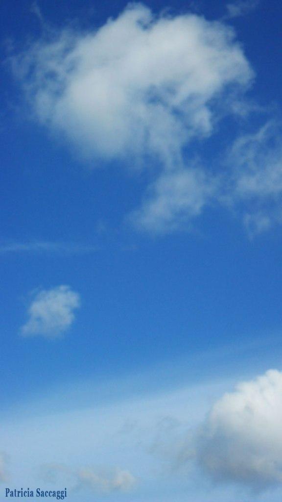 Ronds de fumée du ciel