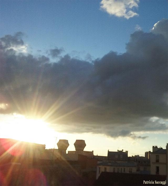 Le soleil qui inonde de ses rayons