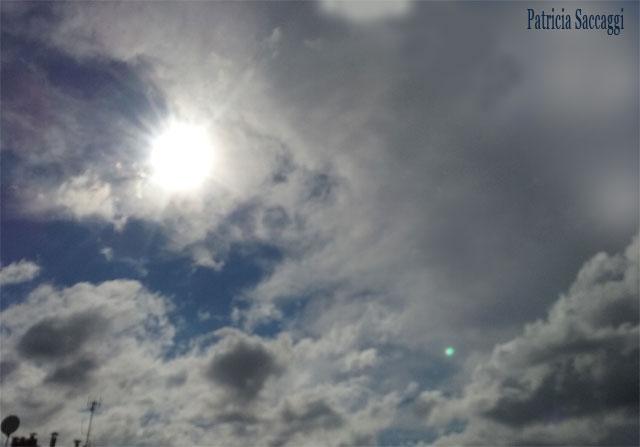 Photo du ciel que j'ai prise où je vois nettement la tête de labrador