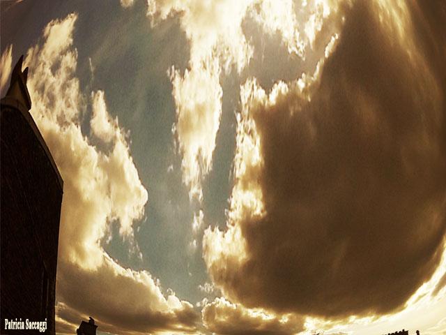 Photo du ciel de Patricia Saccaggi. Paréidolie.